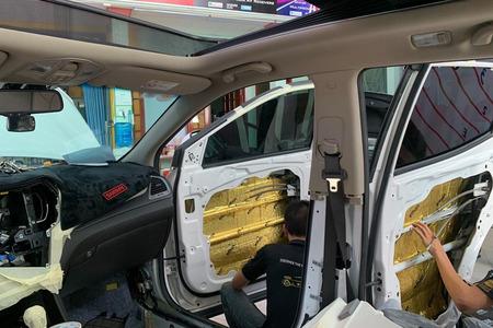 Cách âm chống ồn 4 cửa - 4 hốc bánh - phủ gầm cho xe 4 chỗ