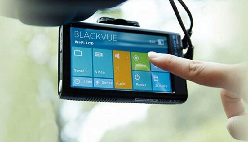 Camera hành trình Blackvue có màn hình