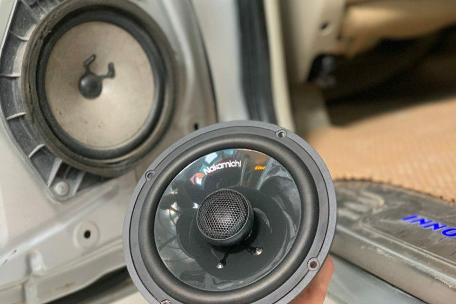 Cấu hình âm thanh Mapletech Canada 7 loa cho xe 7 chỗ - Hình 4