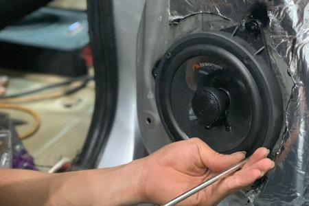 Cấu hình âm thanh Mapletech Canada 7 loa cho xe 7 chỗ - Hình 7