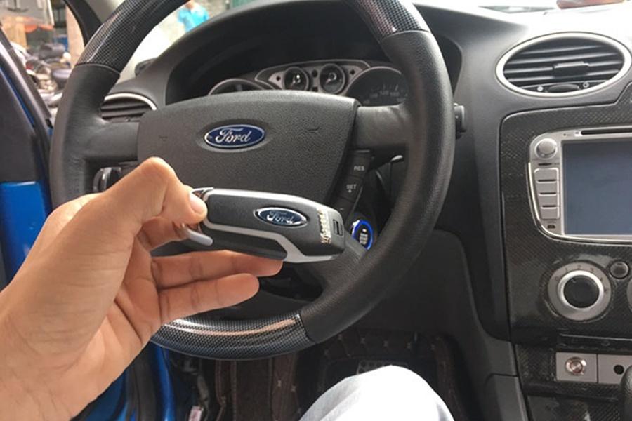 Smartkey Trên Xe Ford Focus