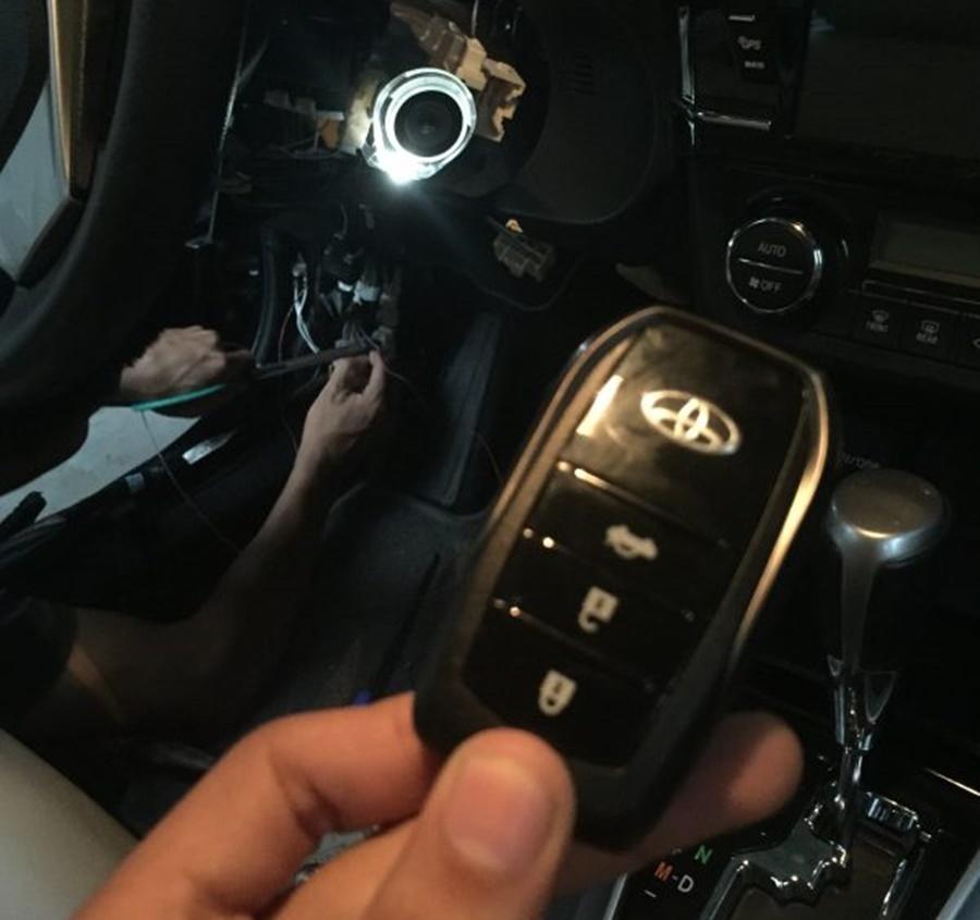 SmartKey OVI Trên Xe Toyota Altis 1.8