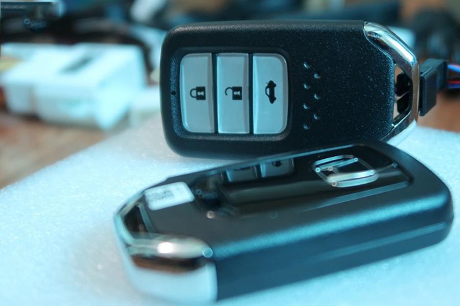 Chìa khóa thông minh cũng được thiết kế chuẩn chỉ theo hãng