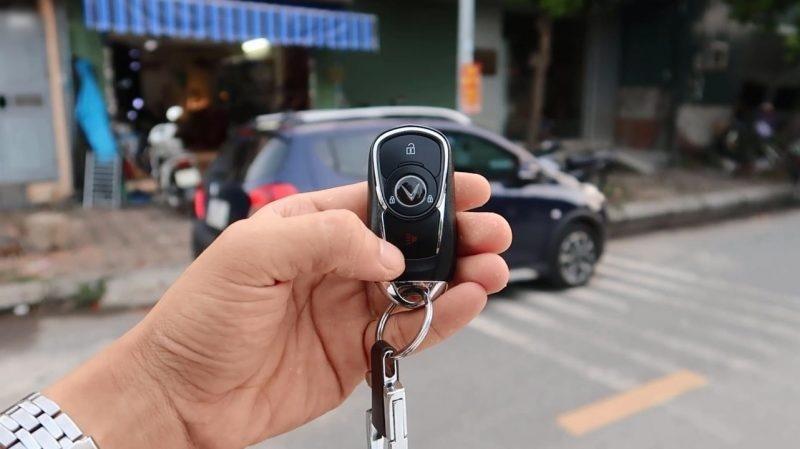 Chìa khóa thông minh Smartkey Ô tô Karpro cho Vinfast Fadil
