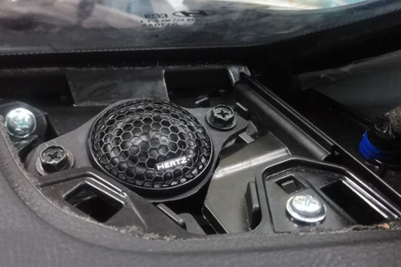 COMBO 4 loa cánh, Amplifie HERTZ (Ý) và 1 loa sub DB Drive (Mỹ) cho Hyundai Santafe 2019 - Hình 6