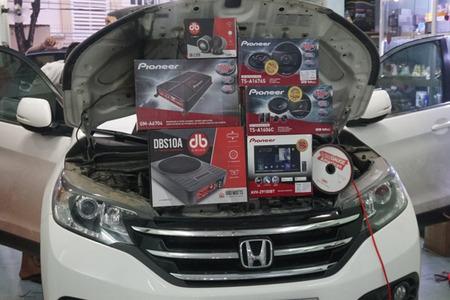 Combo 6 loa từ Pioneer và 1 loa sub DB cho Honda CRV 2016