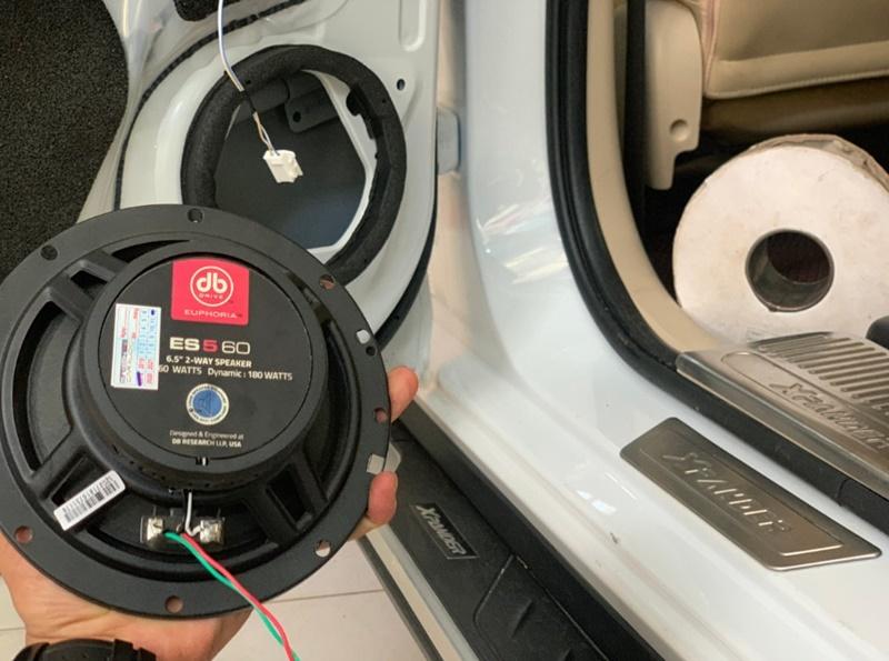 Âm thanh nâng cao cho ô tô