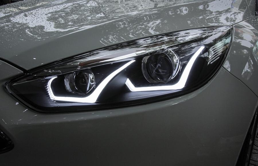 Độ đèn xe là một trong những phương án giúp bạn nâng cao sự sang trọng cho xe