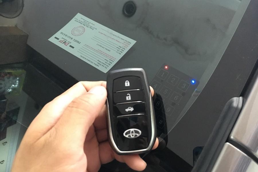 Độ Khóa Thông Minh Ô tô Karpro | Smartkey cho xe Toyota - Hình 4