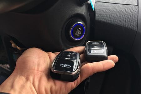 Độ Khóa Thông Minh Ô tô Karpro | Smartkey cho xe Toyota - Hình 1