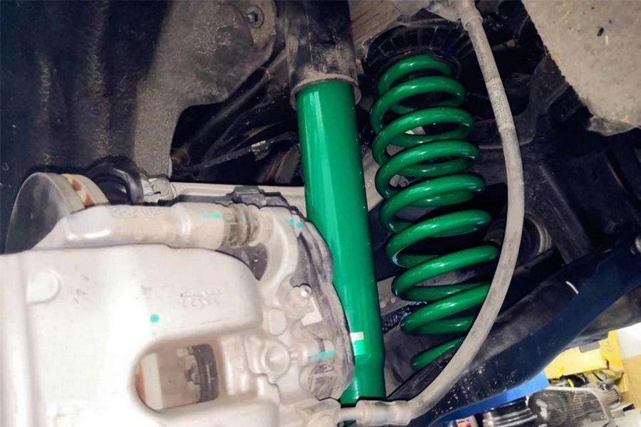 Giảm xóc Mercedes E300L - Hình 3