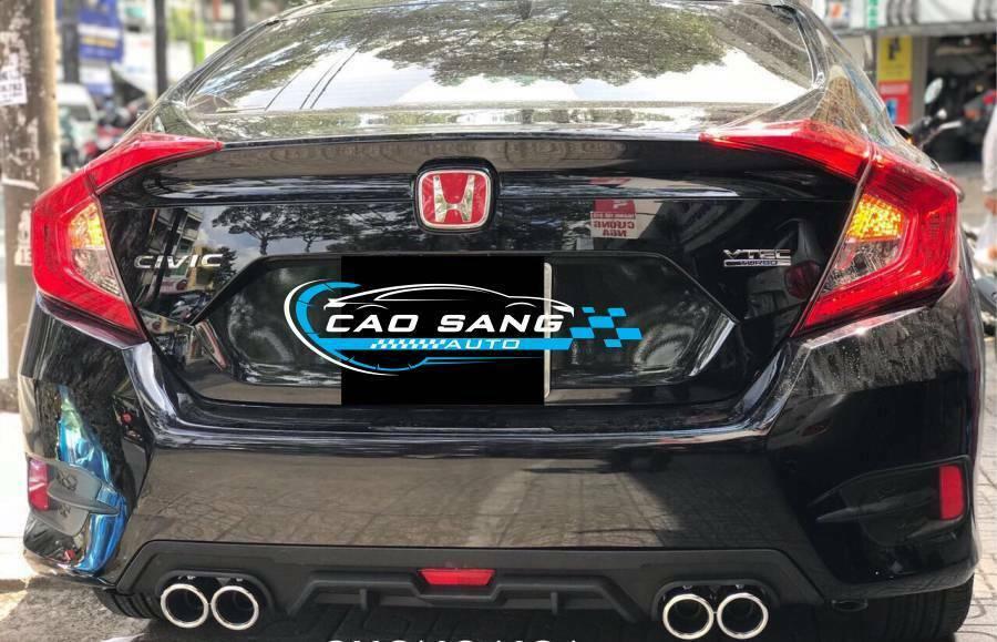 Lip chia pô xe Honda Civic