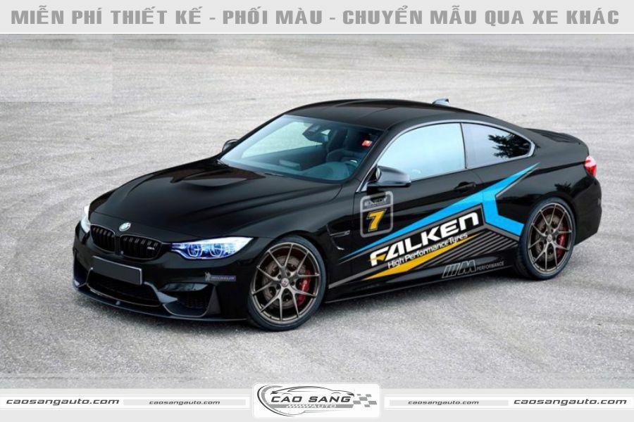 Tem xe BMW đen xanh