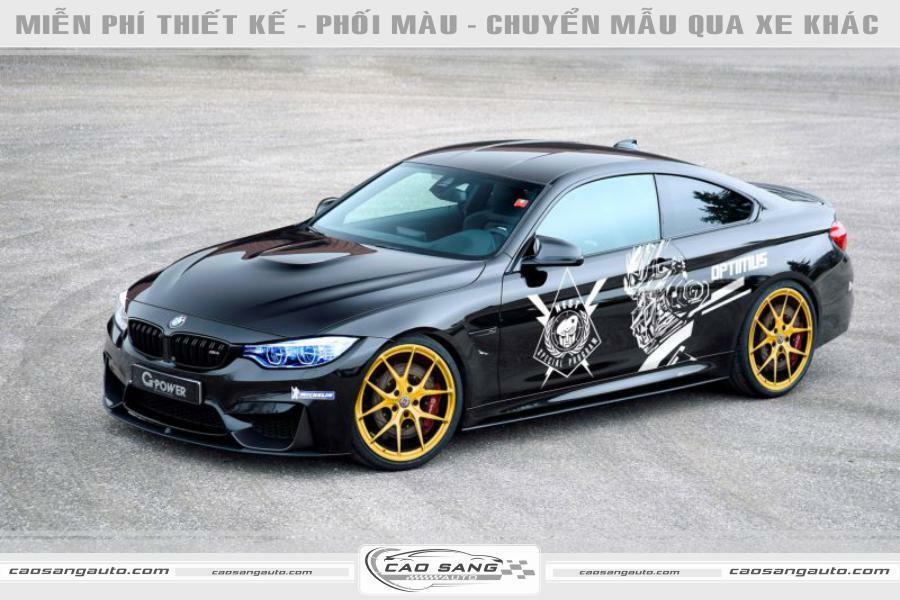 Tem xe BMW đen bạc