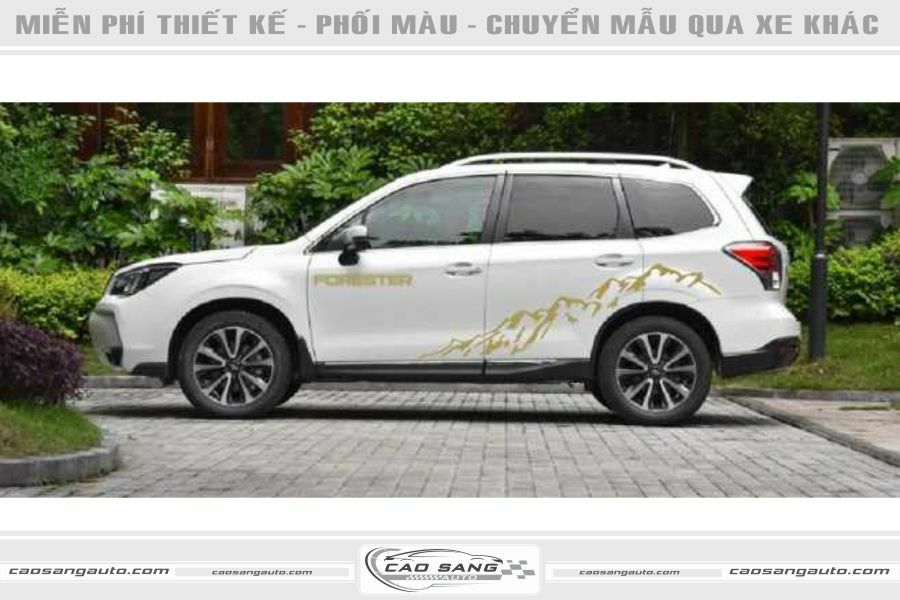 Tem xe Forester trắng đẹp