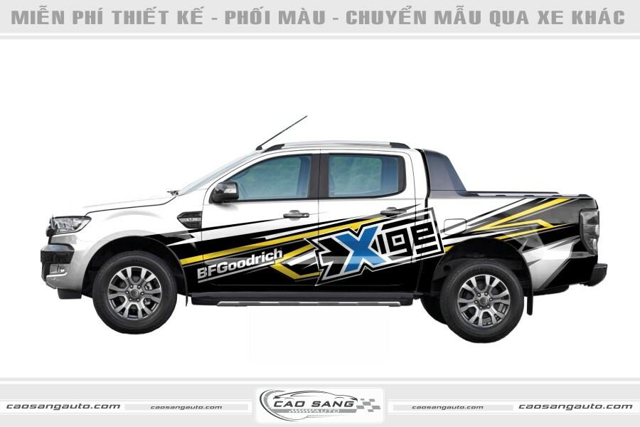 Tem chế Ford Ranger trắng đen