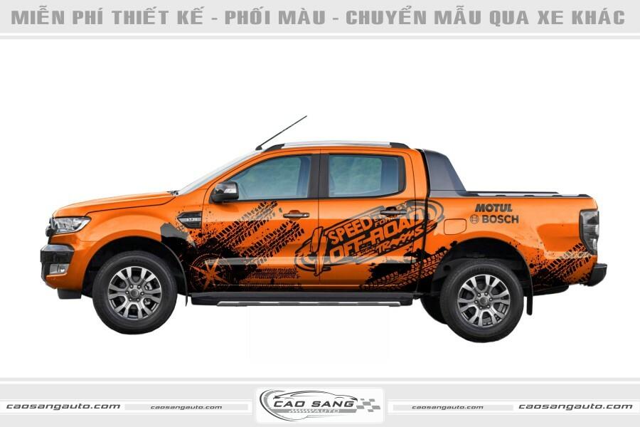 Tem xe Ford Ranger cam đen